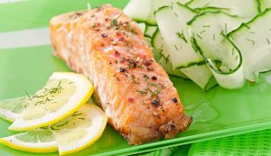 20_Grilled_Salmon_with_Cucumber_Salad_wk