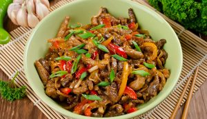 39_pork_and_vegetable_stir-fry_wp